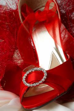 Булчински обувки и чанти ! Red-bridal-shoes